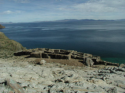 The most impressive ruins on the northern portion of Isle de Sol.